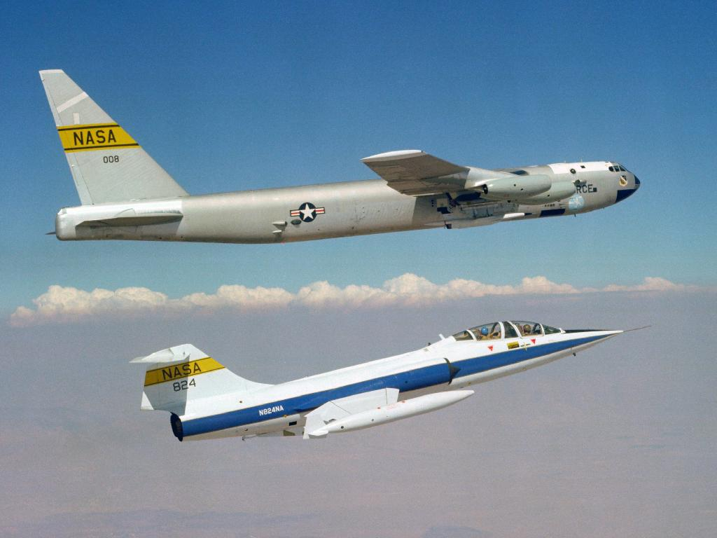 F-104 Starfighter and B-52D